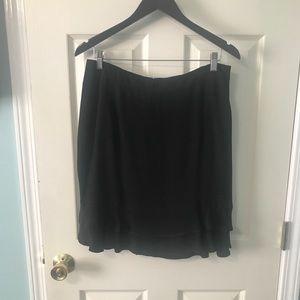 Women's Ann Taylor Black Ruffled Skirt - Size 10